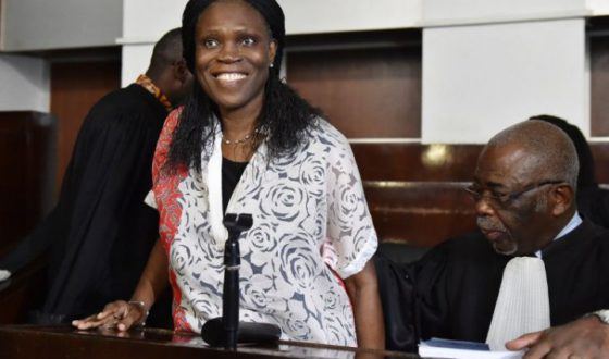 Simone gbagbo coop re avec les avocats commis d office avocats - Avocat commis d office salaire ...