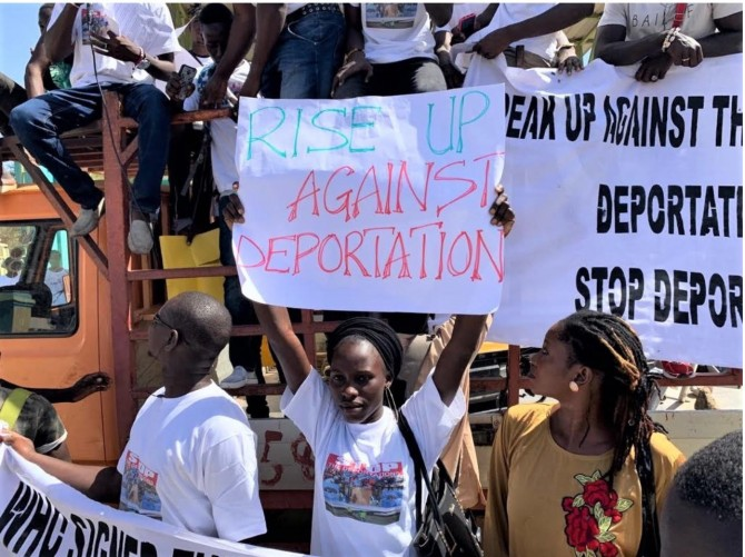 Img : Small Gambia in big migration dilemma