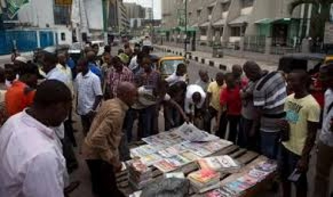 Img : Nigerian press focuses on Buhari's query on source of weapons for insurgents, others
