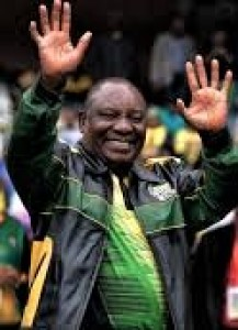 Img : Ramaphosa hints at land grab from white farmers without compensation